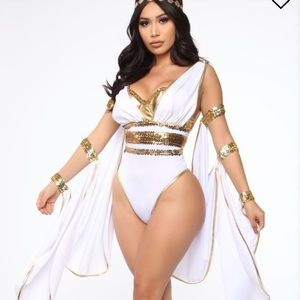 3 piece Halloween GODDESS COSTUME